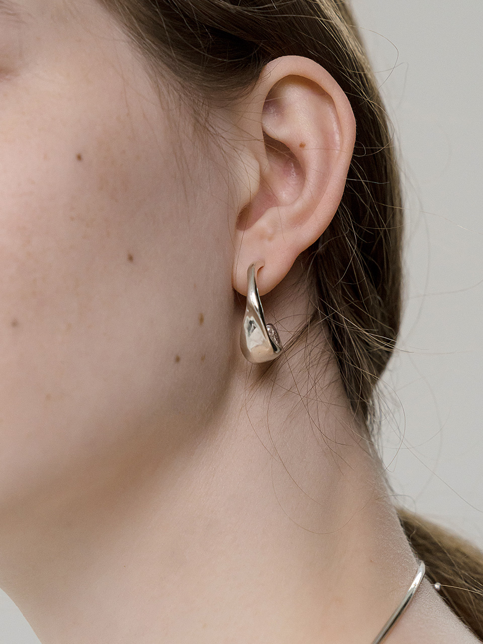 Wave C earring