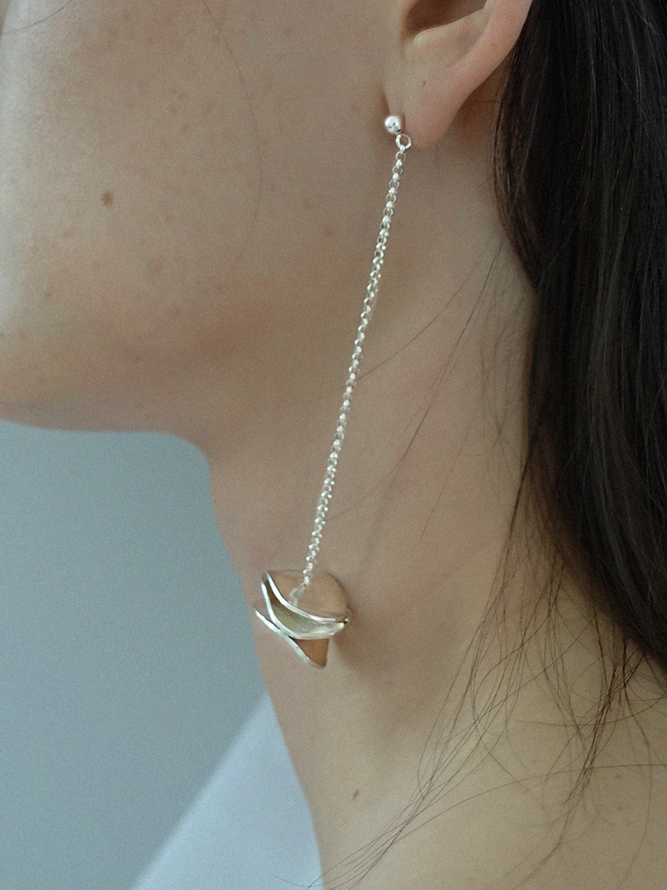 Leaf drop earring