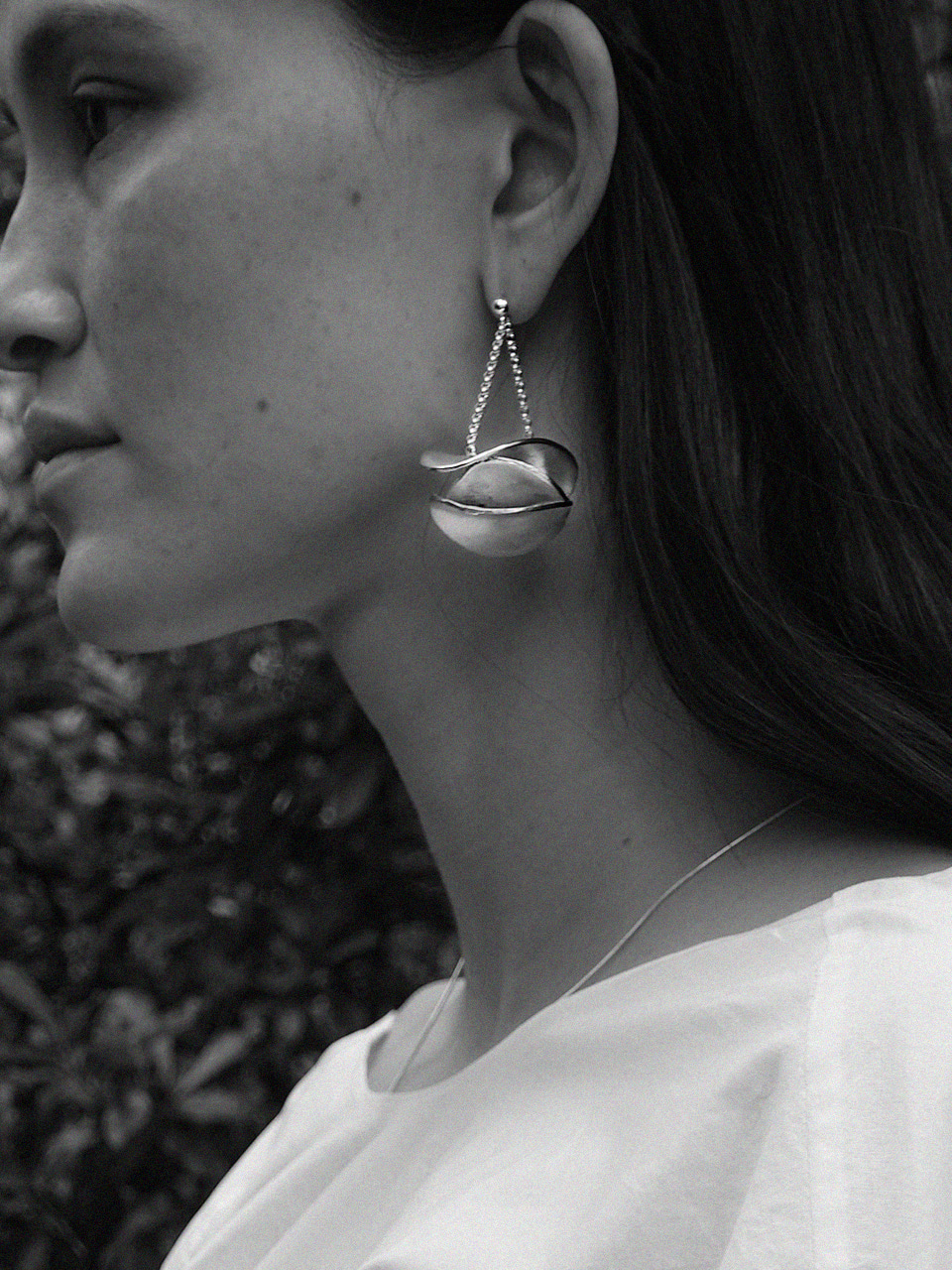 Leaf chain earring